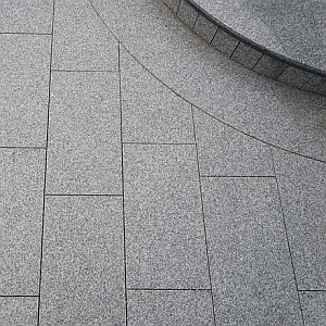 silver grey flamed granite coping