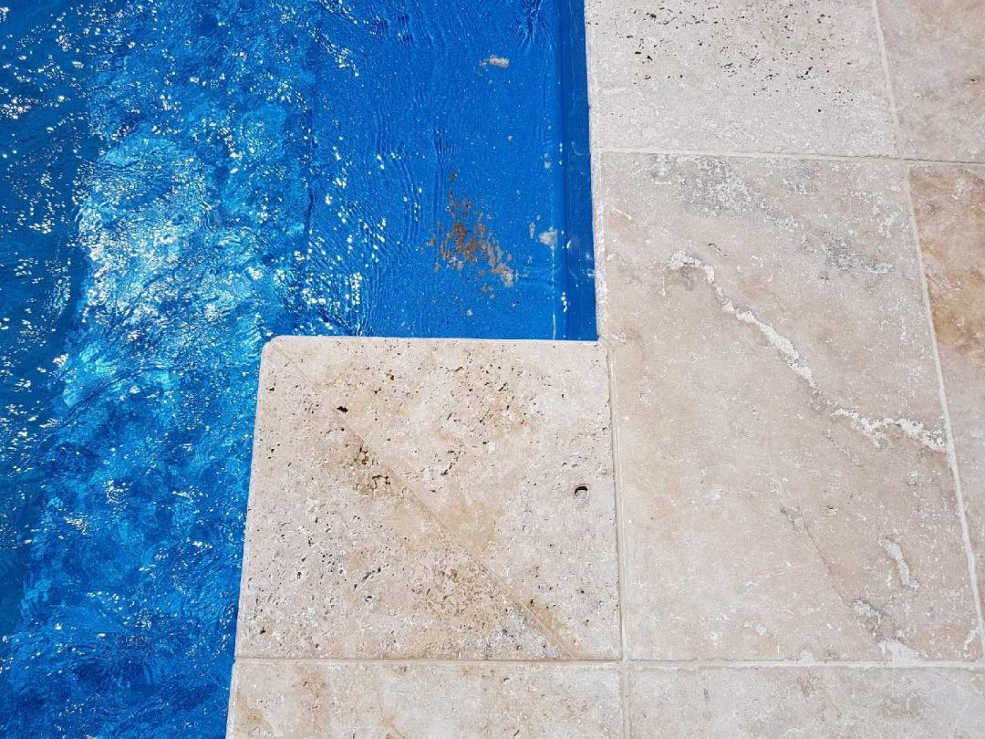 Mocha Travertine Unfilled & Tumbled - RMS Traders
