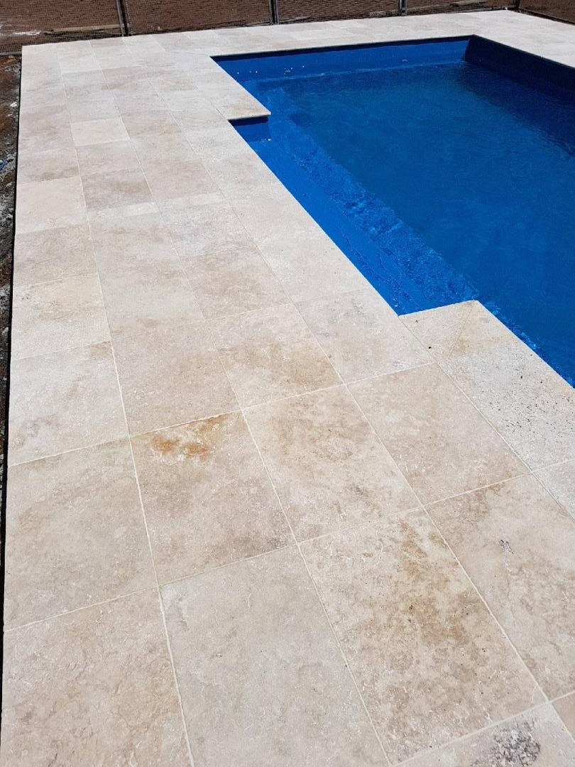 Mocha Tumbled Unfilled Travertine Tiles Pavers