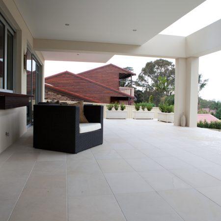 himalayan-honed-sandstone-tiles