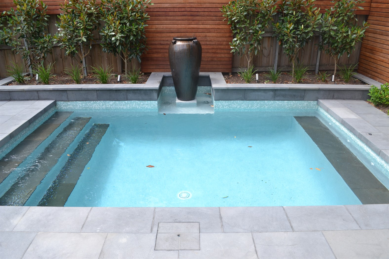 Bluestone Premium Cat Paw Sawn 450 Grit Tiles Pavers Pool
