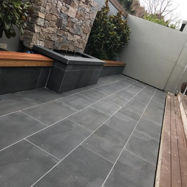 bluestone-brushed-tiles-pavers-courtyard (3)