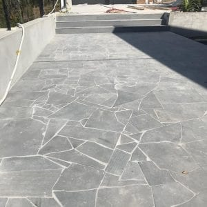 bluestone-sawn-crazy-random-paving-tiles-pavers-driveway-side