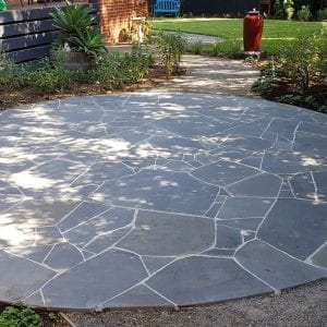 bluestone-sawn-crazy-random-paving-tiles-pavers-round-patio