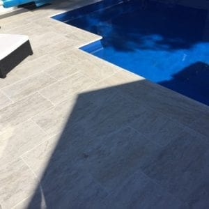 cashmere-unfilled-tumbled-travertine-pool-coper