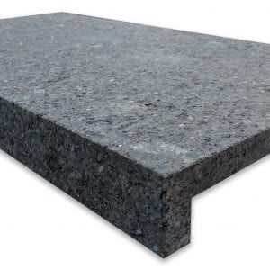 impala-black-velvet-granite-pool-step-coping-600x340