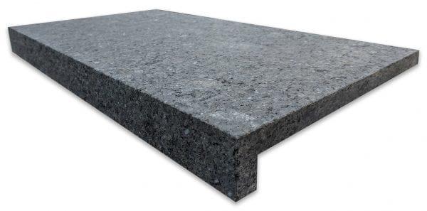 impala-black-velvet-granite-pool-step-coping-600x340