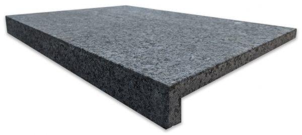 impala-black-velvet-granite-pool-step-coping-600x420