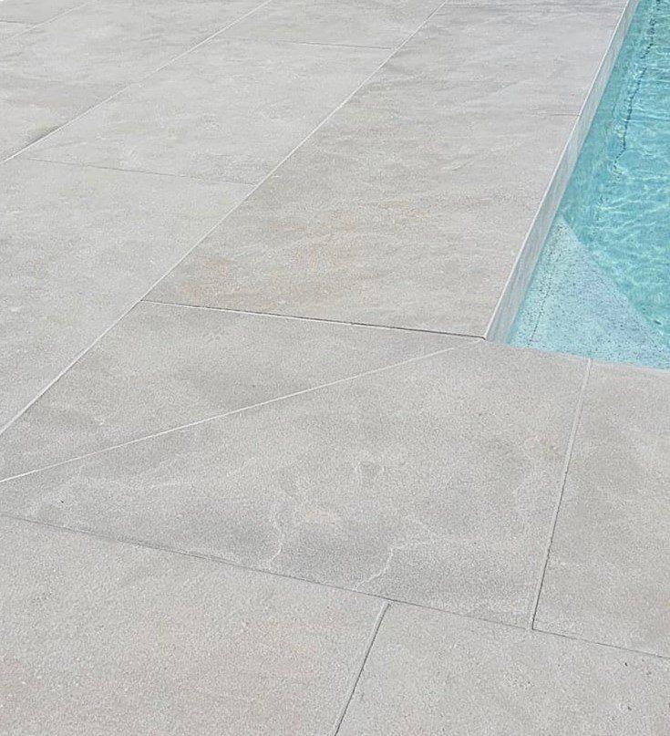 Maddison Distressed Limestone Coping Tiles